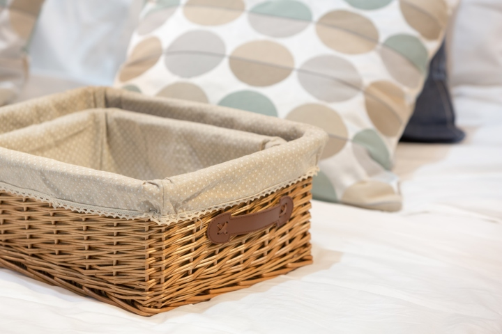 10 Steps to Decluttering YourHome